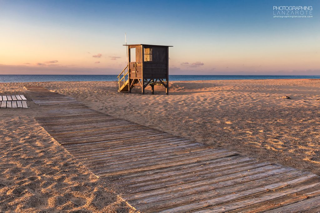Image of a lifeguard hut in Lanzarote by Jon Barker
