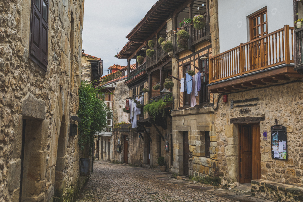 Santillana del Mar by Jon Barker